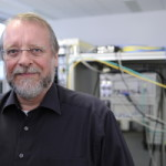 Prof. Dr. Tim Clark (Foto: Gerd Grimm, FAU)
