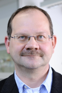 Prof. Dr. Jürgen Schatz (Foto: Gerd Grimm, FAU)